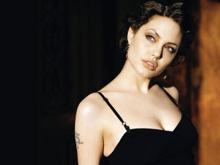 Angelina Jolie Stunnig Hd Wallpapers wallpaper