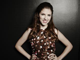 Anna Kendrick Brunette Hair wallpaper