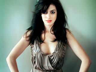Anne Hathaway Fabulous Hd Pics wallpaper
