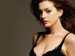 Anne Hathaway Sizzling Hd Pics wallpaper