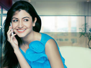 Anushka Sharma In Reliance Advertise  wallpaper