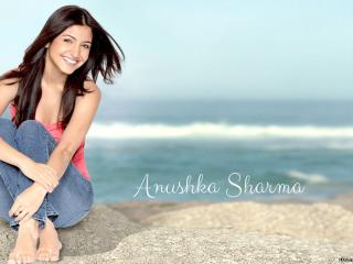 Anushka Sharma New Wallpaper  wallpaper