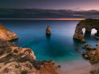 Arch 4K Portugal Coast wallpaper