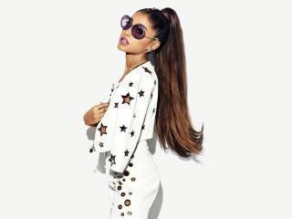 Ariana Grande 2018 wallpaper