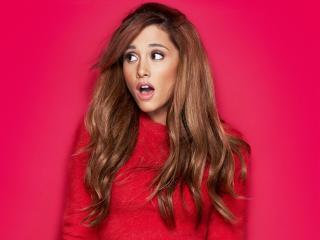 Ariana Grande Brunette Singer wallpaper