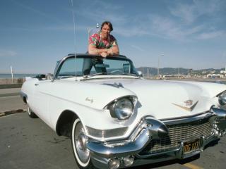 Arnold Schwarzenegger With Car Pics wallpaper
