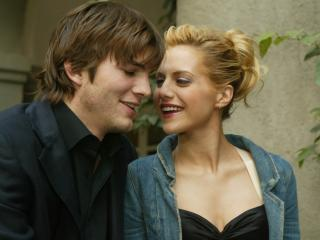 ashton kutcher, brittany murphy, couple wallpaper