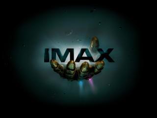 Avengers Infinity War Gauntlet IMAX Poster wallpaper