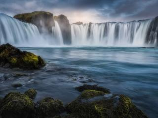 Waterfall 8k wallpaper