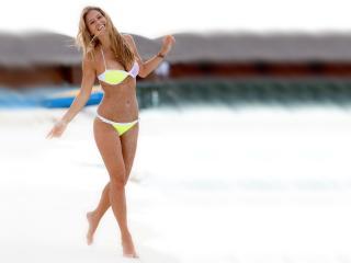 Bar Refaeli In Yellow Bikini HD Wallpaper wallpaper