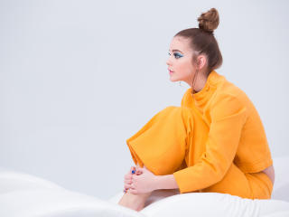 Barbara Palvin New Hair Style HD Pics wallpaper