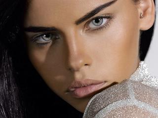 Barbara Palvin Sexy Eyes HD Pics wallpaper