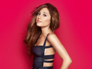 Beautiful Ariana Grande In A Black Dress wallpaper