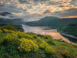 Beautiful Clouded River wallpaper