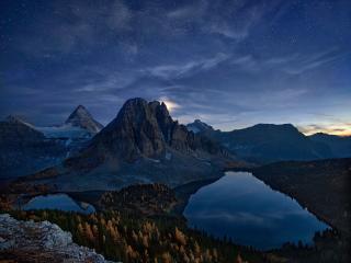 Beautiful Landscape Mountains at Night wallpaper