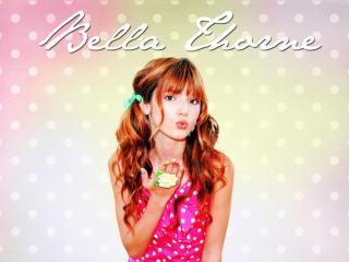 Bella Thorne flying kiss wallpaper wallpaper