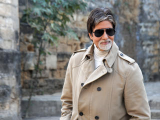 HD Wallpaper | Background Image Big B In Specs Pic