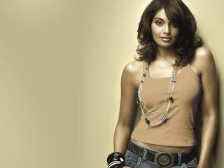 Bipasha Basu Sexiest Pics HD Pics wallpaper