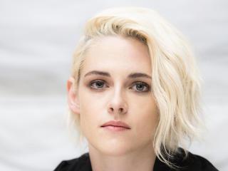 HD Wallpaper | Background Image Blond Kristen Stewart Face