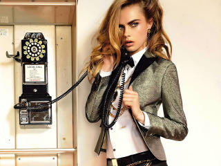 Blonde Cara Delevingne 2020 wallpaper
