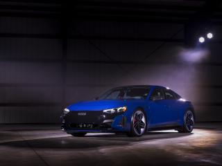 Blue Audi e-tron GT Quattro wallpaper