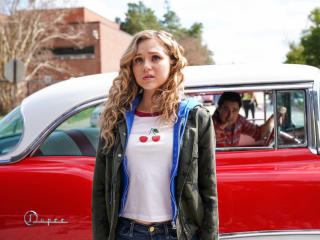 Brec Bassinger from DC Stargirl wallpaper