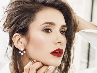 Canadian Actress Nina Dobrev Make-up wallpaper