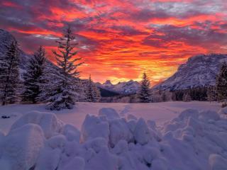 Canadian Rockies Dramatic Sunset wallpaper