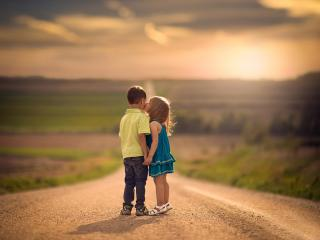 children, road, kiss wallpaper