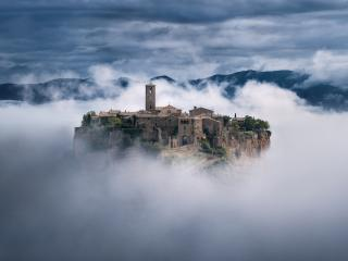 Civita di Bagnoregio Town wallpaper