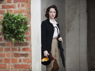 Claire Foy The Crown Actress wallpaper