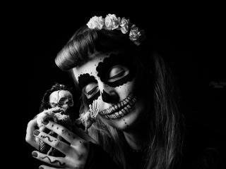 Closed Eyes Dark Women Model And Skull wallpaper