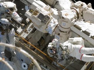 cosmonauts, survival suits, ship wallpaper