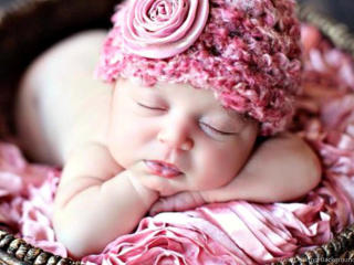 Cute New Born Baby Sleeping wallpaper