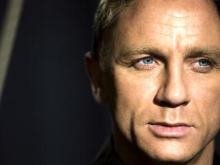 Daniel Craig Anger Pic wallpaper