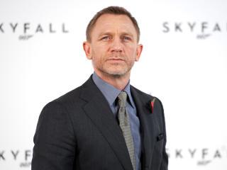 Daniel Craig Hd Images wallpaper