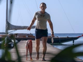 Daniel Craig Physic Body No Time To Die wallpaper