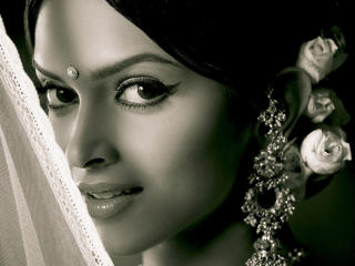 Deepika Padukone Desi Look Wallpapers wallpaper