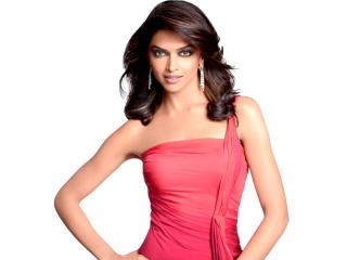Deepika Padukone Gorgeous Dress Wallpaper wallpaper