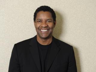 Denzel Washington In Suit Pic wallpaper