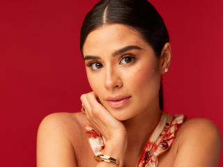 Diane Guerrero wallpaper