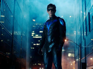 Dick Grayson as Nightwing In Titans wallpaper