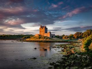 Dunguaire Castle Ireland wallpaper