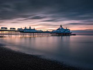Eastbourne Pier wallpaper