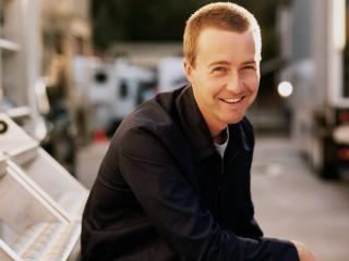 edward norton, celebrity, smile wallpaper