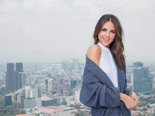 Eiza Gonzalez Mexican Actress Smiling wallpaper