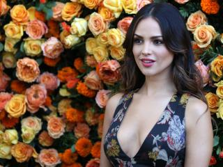 Eiza Gonzalez Photoshoot wallpaper