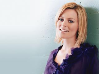 Elizabeth Banks Hd Pics wallpaper