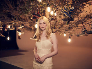 Elle Fanning 2020 Beautiful wallpaper