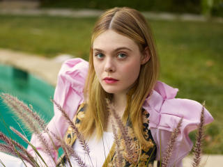 Elle Fanning Elle UK 2017 wallpaper